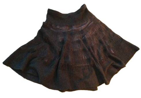 Grey knit skirt, before